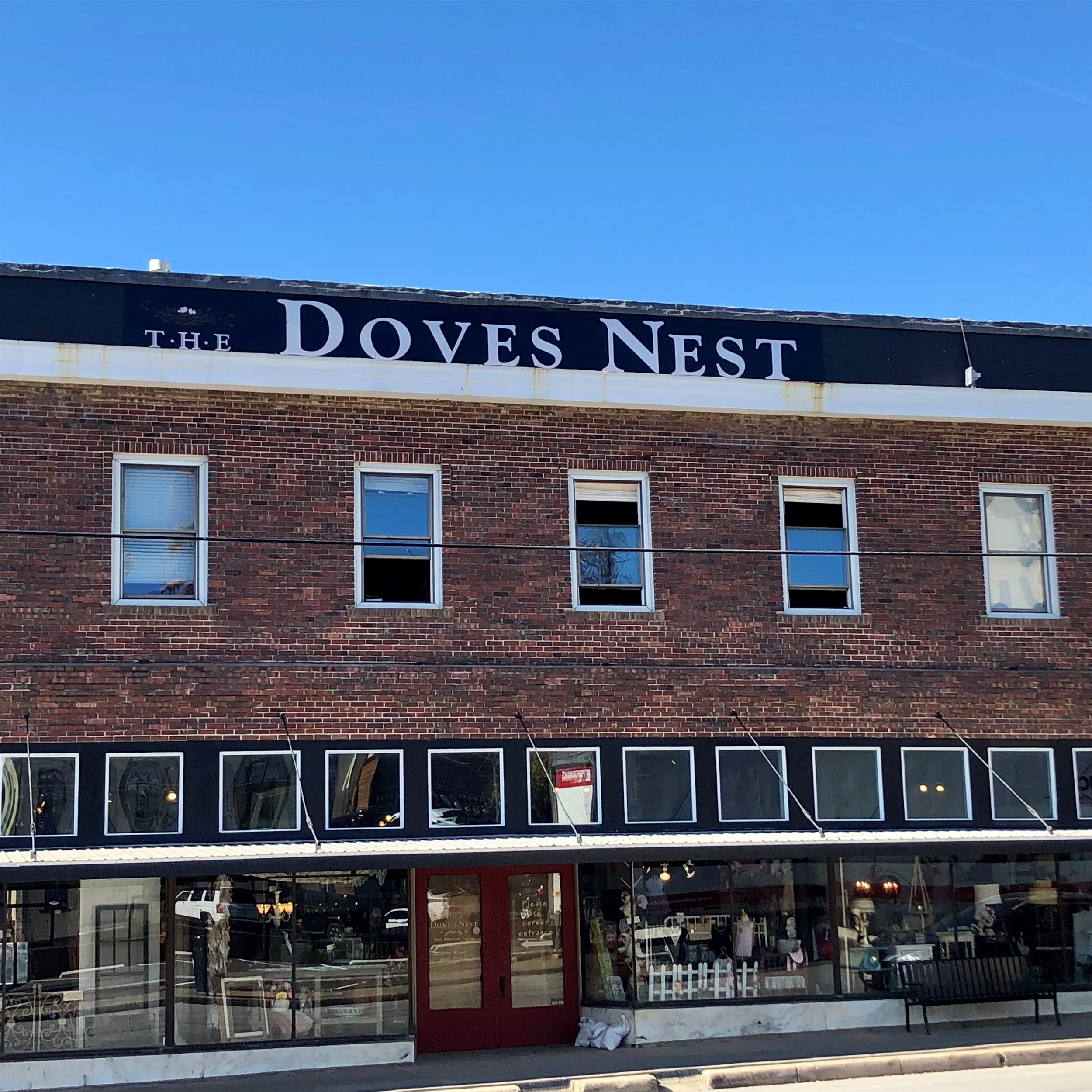 The dove's Nest for Lunch